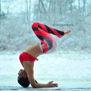 Laura Sykora, une yogini très suivie sur Instagram