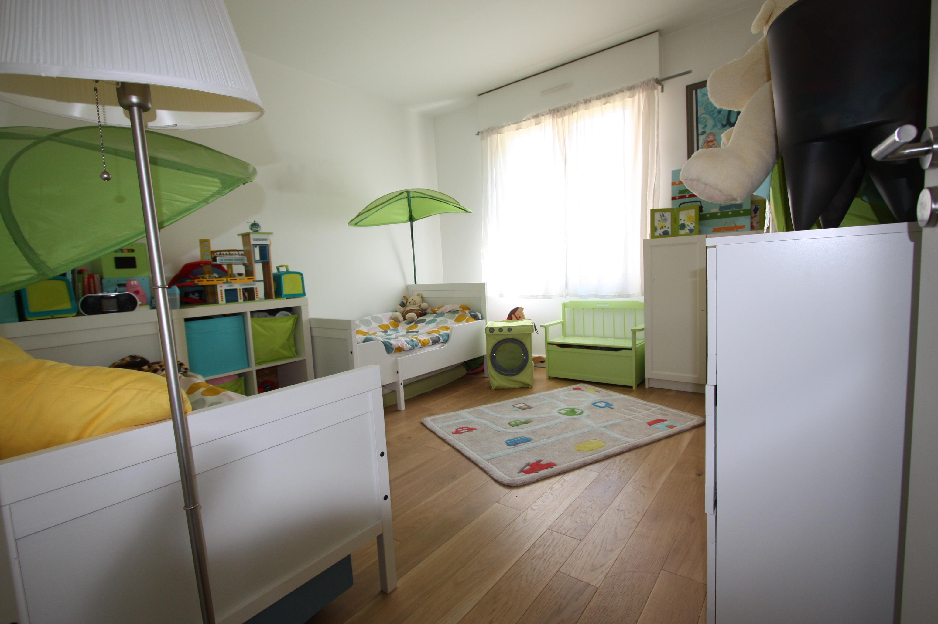 Une chambre pour deux gar ons les vies d 39 am lie for Organiser une chambre pour deux