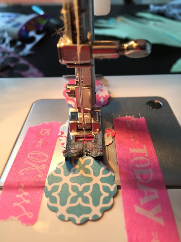 guirlande papier machine à coudre washi astuce DIY