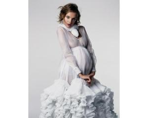 Natalia Vodianova photographiée par Patrick Demarchelier pour le numéro d'avril 2006 de Vogue Paris_0