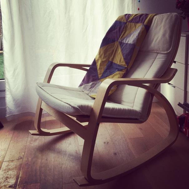 fauteuil-bascule-bébé
