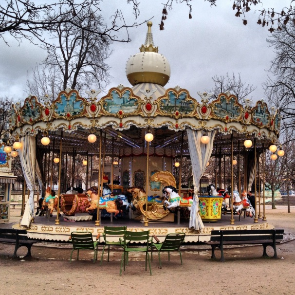 tuileries-carousel-paris-blog